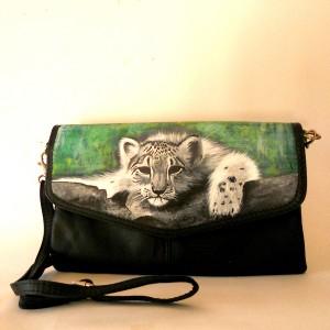 Borsa dipinta a mano pochette Leopardino