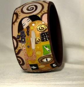 Br02 Bracciale dipinto a mano - L'abbraccio - Klimt