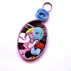 Portachiavi in legno dipinto a mano Nudo di donna Pablo Picasso ovale