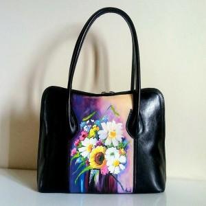 borsa in pelle dipinta a mano fiori di primavera