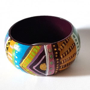 Bracciale in legno dipinto a mano, INDIAN, colorato e gioioso. Bangle 6,5 cm di diametro interno netto.