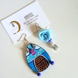 orecchini in legno dipinti a mano gupinti turchesino