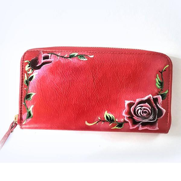 portafoglio dipinto a mano rosso